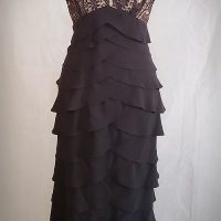 Adrianna Papell Layed Evening Dress