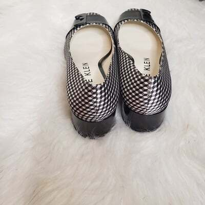 Anne Klein Plaid Fabric Shoes Size 7 Women Low Heel Black White 5