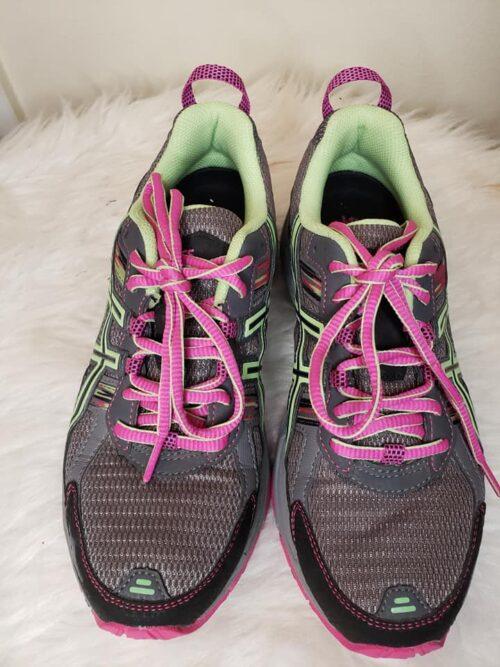 Size 7 Asics Women's Running Shoes 5