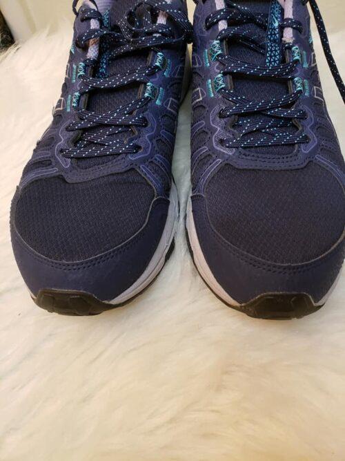 Size 11 Asics Running Shoes 4