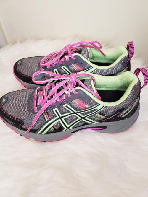 Size 7 Asics Women's Running Shoes 3