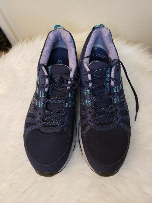 Size 11 Asics Running Shoes 3